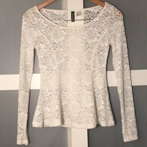 ✨3/$25 White Lace Long Sleeve Top